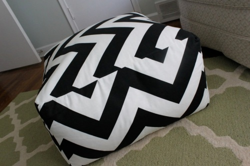 diy_floor_pouf7